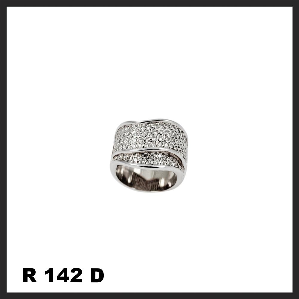 R142D.jpg