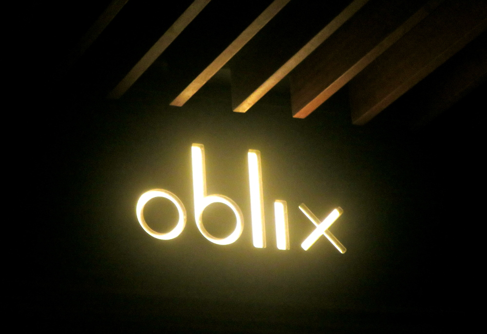 The bright lights of the Oblix!