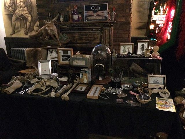 Wonderful night last night at @theartfuldodgeryork ! Thanks for having us! #oddities #york #pandorasbox