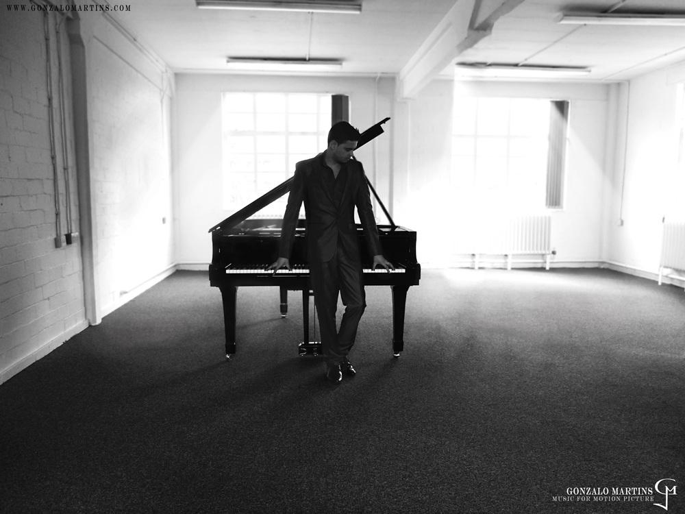 Piano main.jpg