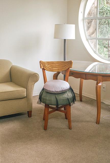 SkirtRound.chair1.jpg