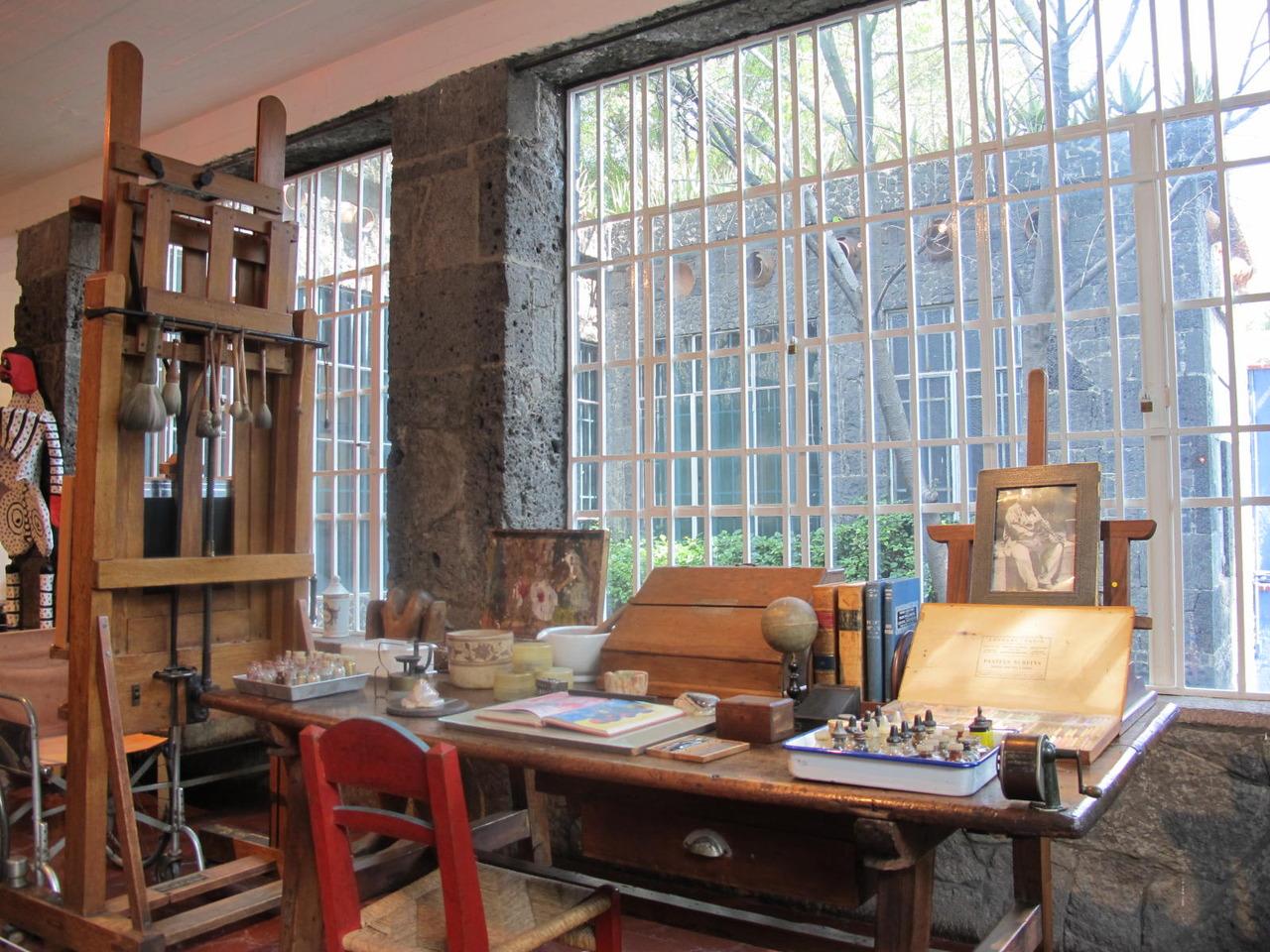 Frida & Diego studio