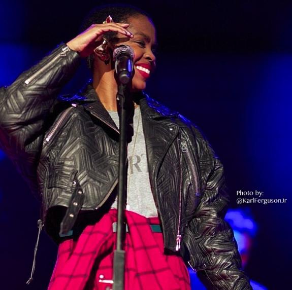 Lauryn Hill December 2013