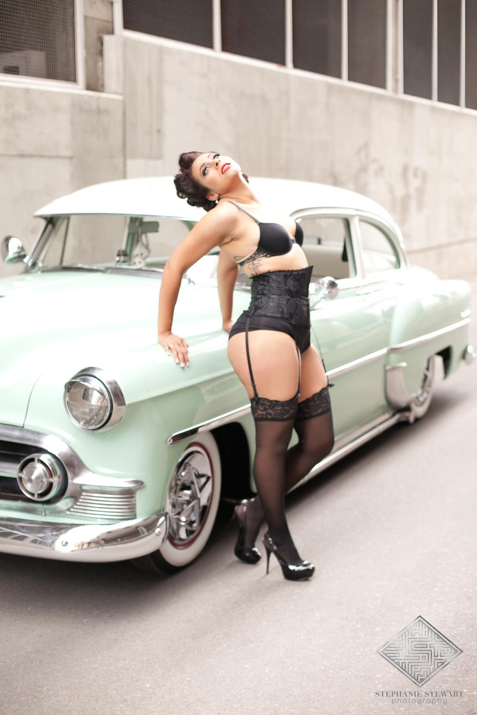Black-Women-Pin-Up-Outdoor-Albuquerque-Boudoir-Sexy-Photos-Curvy-Lingerie-Stephanie-Stewart-Photography-NBexclusive