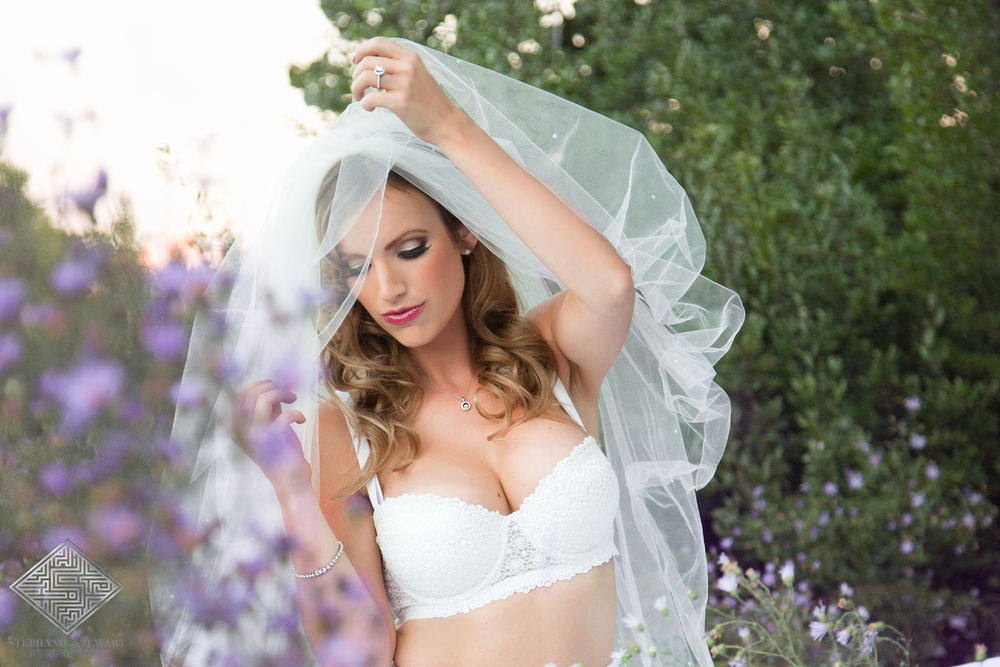 Bridal-Boudoir-Wedding-Grooms-Gift-Lingerie-Photos-Sexy-Nicoles-Boutique-Albuquerque-Diamond-Supplier-NBExclusive-Stephanie-Stewart-Photography