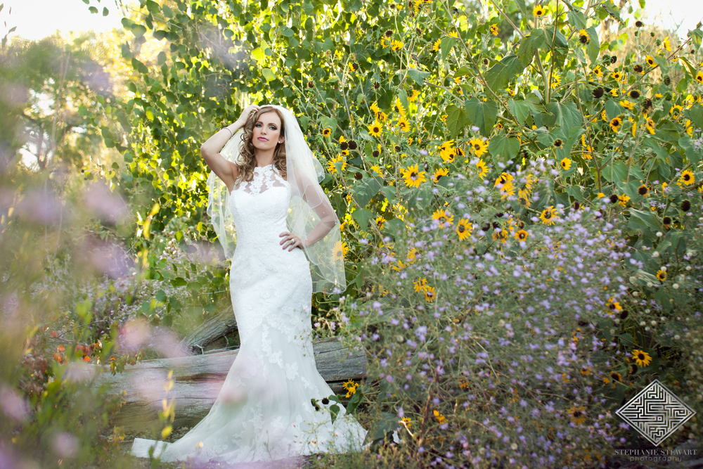 Bridal-Boudoir-Glam-the-Dress-Outdoor-Bosque-Nicloes-Boutique-NBExclusive-Stephanie-Stewart-Photography