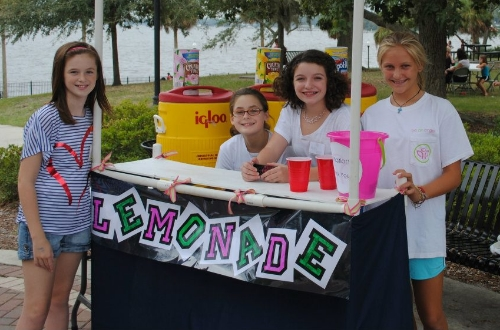 Lemonaide stand at FOF.jpg
