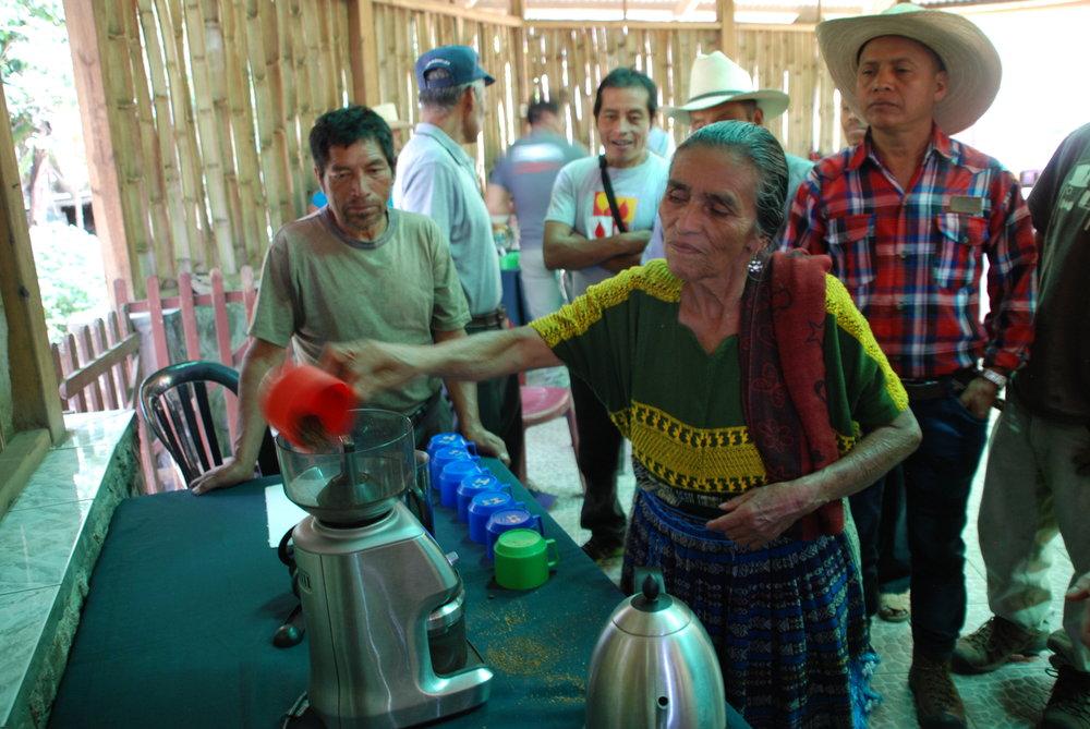 Preparing the coffee.