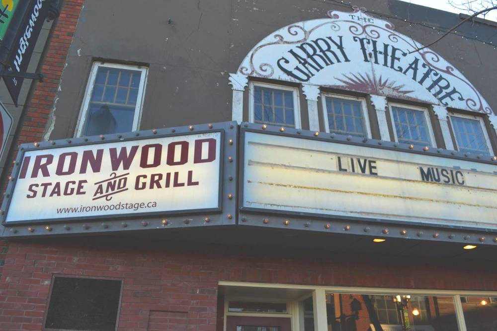 The Ironwood Stage and Grill in Inglewood.    Photo by Alexandra Rabbitte