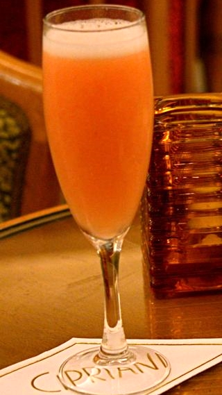 A gorgeous Bellini at the Hotel Cipriani