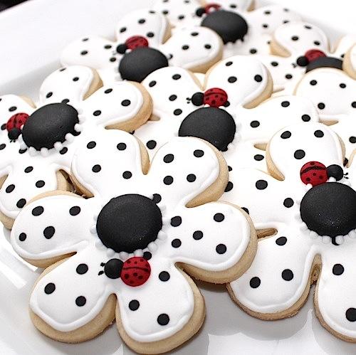 polka+dot+cookies.jpg