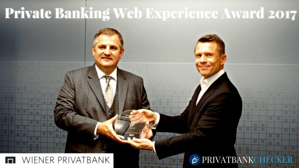 """Übergabe des PB """"Web Experience Awards 2017"""" an den Vorstand Eduard Berger von der Wiener Privatbank"""