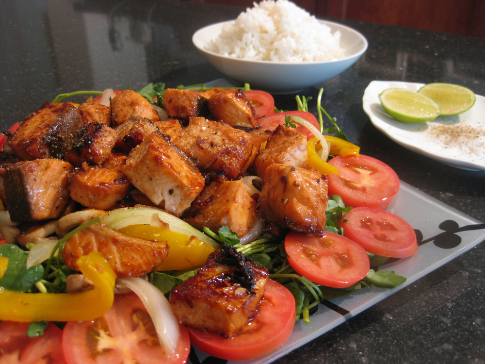 Serve with some steamed rice and pepper-salt-lime sauce.