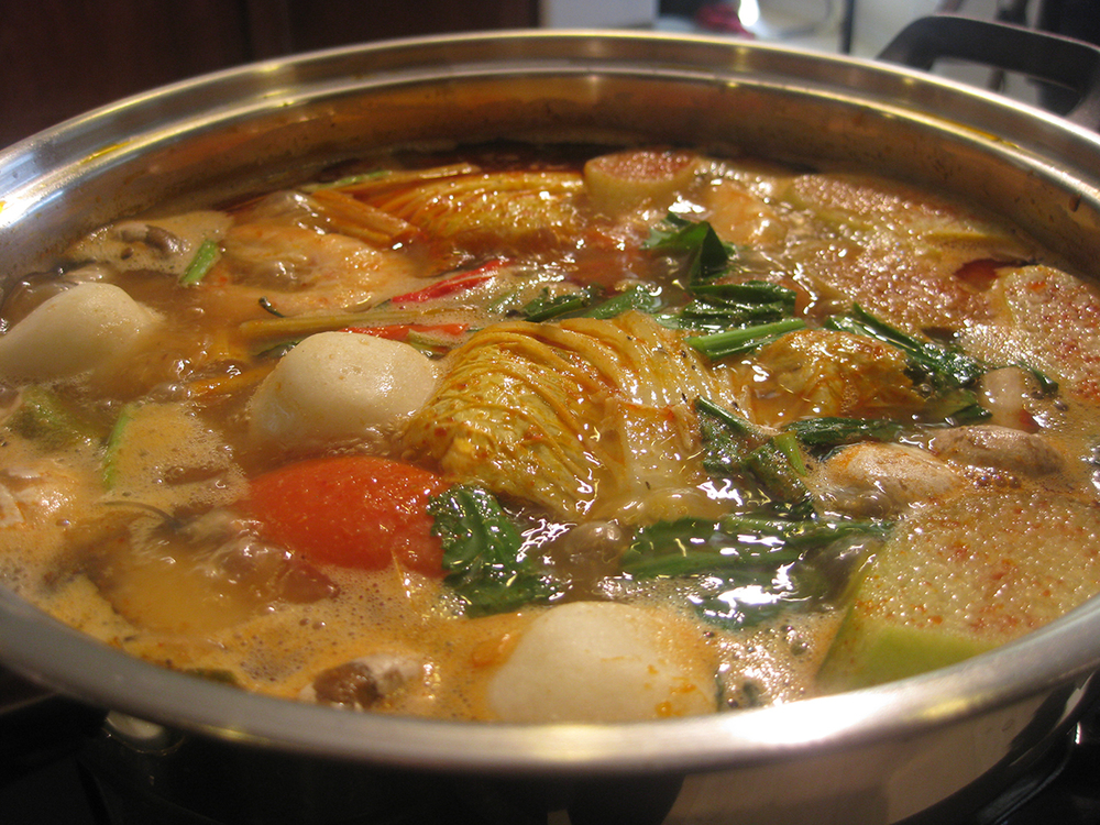 tomyum hot pot