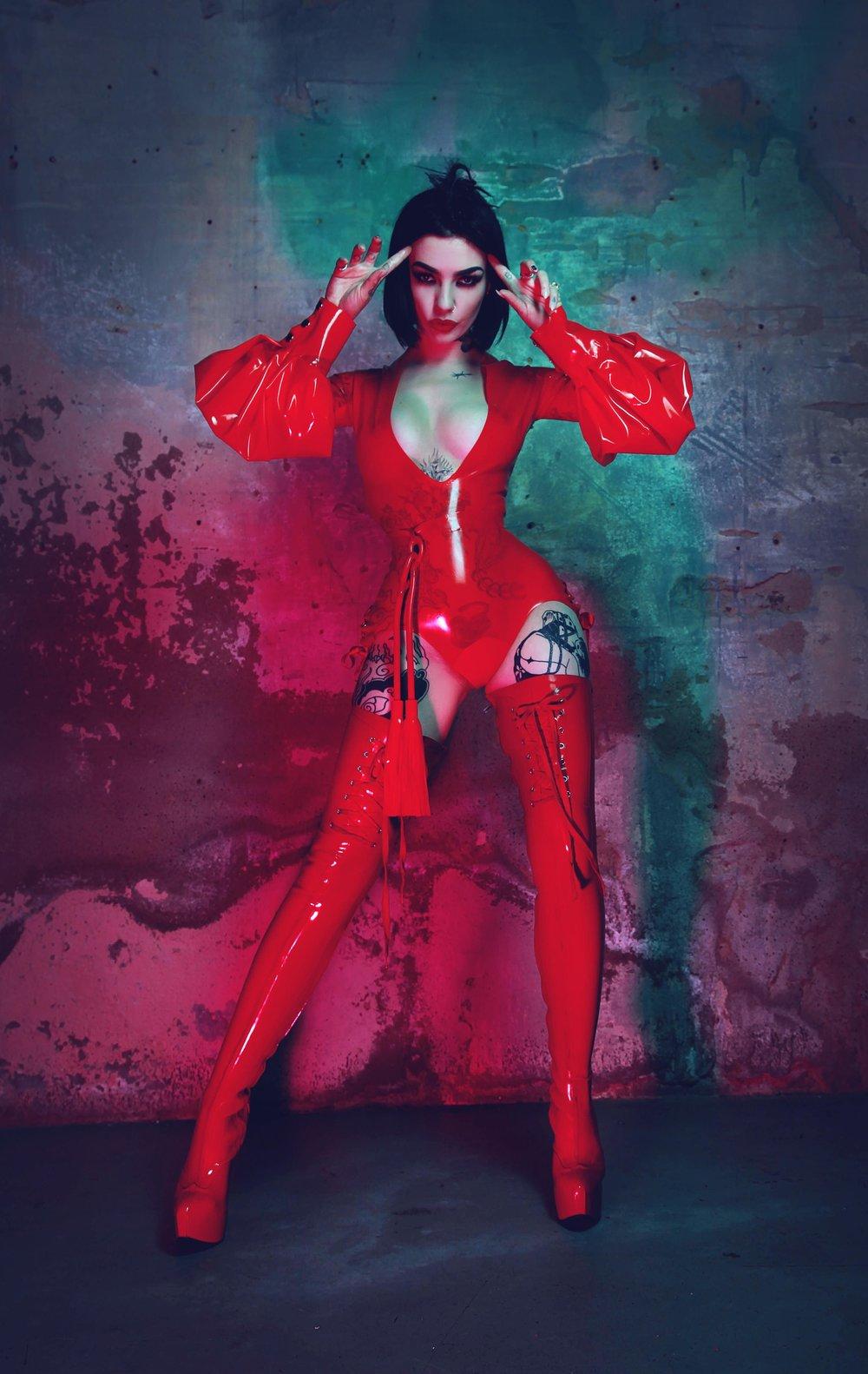 Photo: Ayesha Hussein / Model: Emily Malice / TG Latex