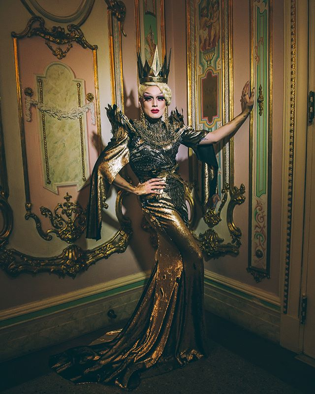 Mirror, mirror on the wall: who's the fiercest queen of all? 👑 Photo from our Fairytale Ball with @companyxiv by @janekratochvil 📷 #dancesofvice #queen