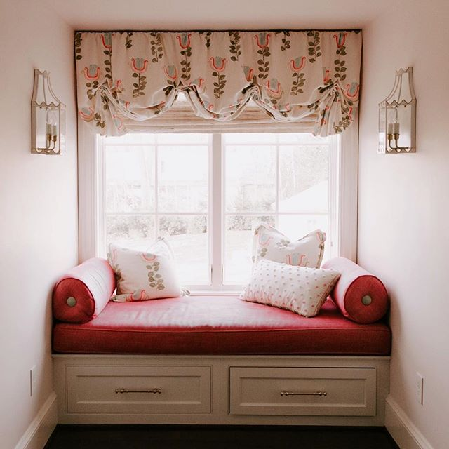 Sweet Sunday nook for special little girl! Special touches like a balloon roman shade and @coleenandcompany sconces really make this a cozy bedroom corner