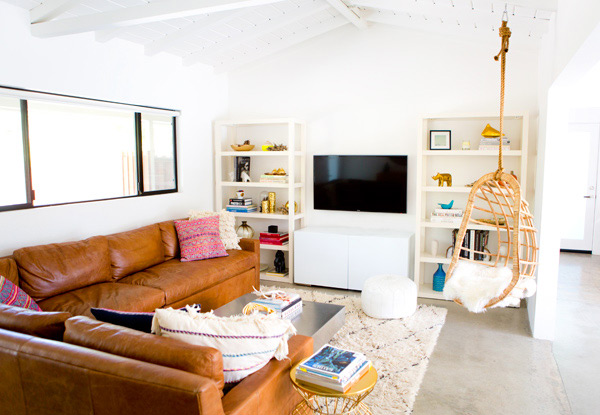 the_mora_house_living_room_march201408.jpg