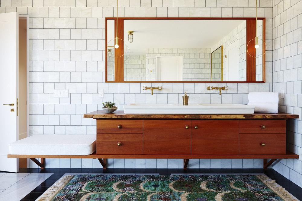Montauk_House_Master_Bath_001.jpg