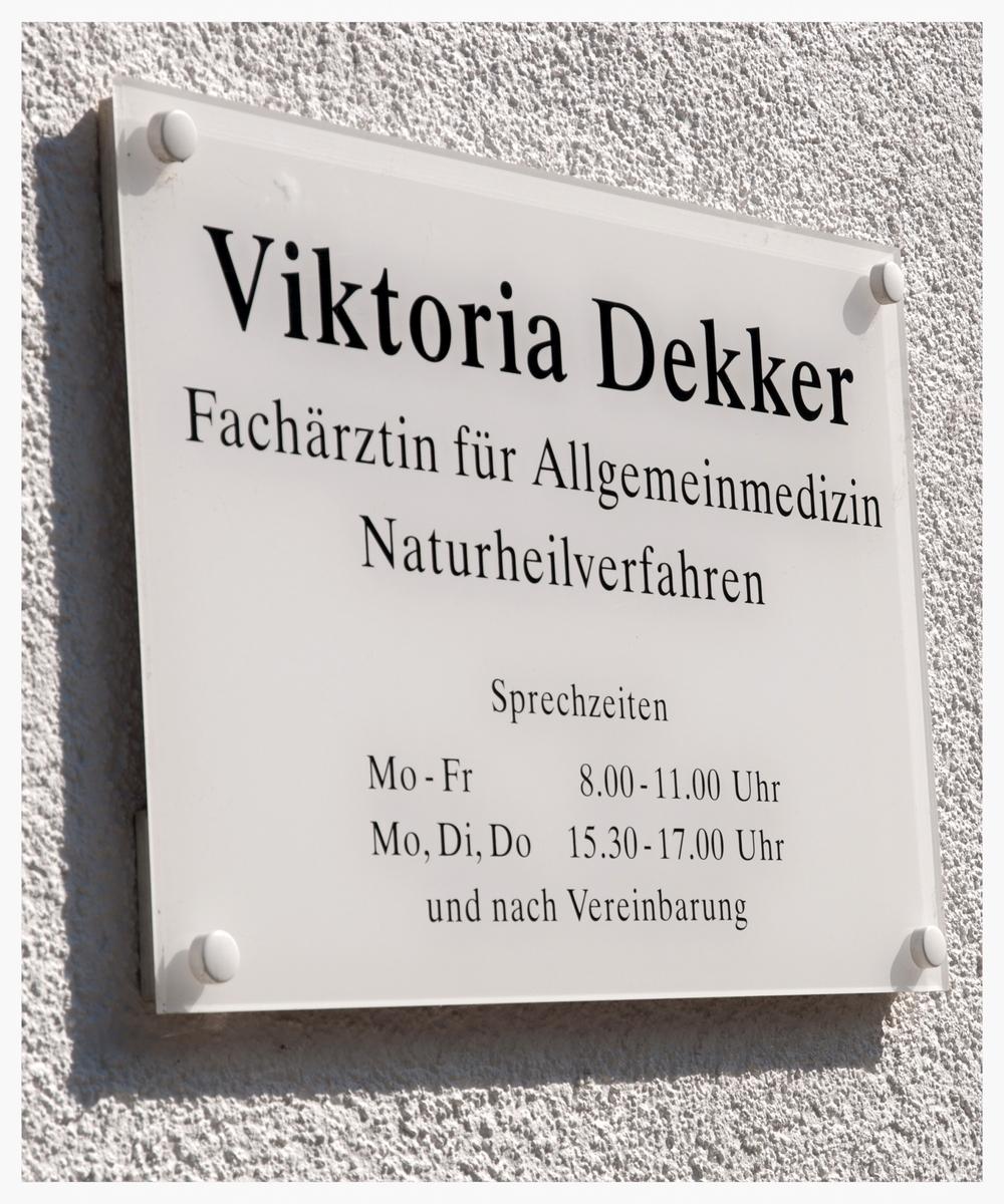 hausarztpraxis_viktoria_dekker_diagnostische_impressum