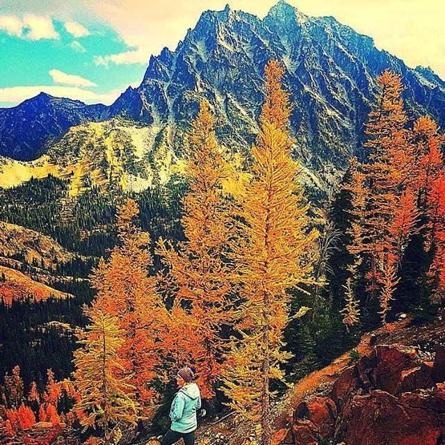 """""""Fall warms my soul 🍂🍁"""" Follow @Lobulu on Yonder at http://l.yonder.it/e605067 #yonderoftheday #yonderon #autum #hiking #yondering"""