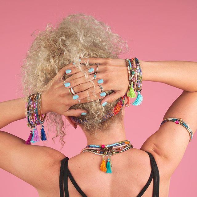 ❤️ @erynnandsuch @bead_bottle  #yogajewelry #beadbottlecollection #beadbottle #pbd #diyfashion #lifestylephotography #lifestylephotographer #pink #diynetwork #diyshop #nmtrue #giftsforher 📸 @robertimesa