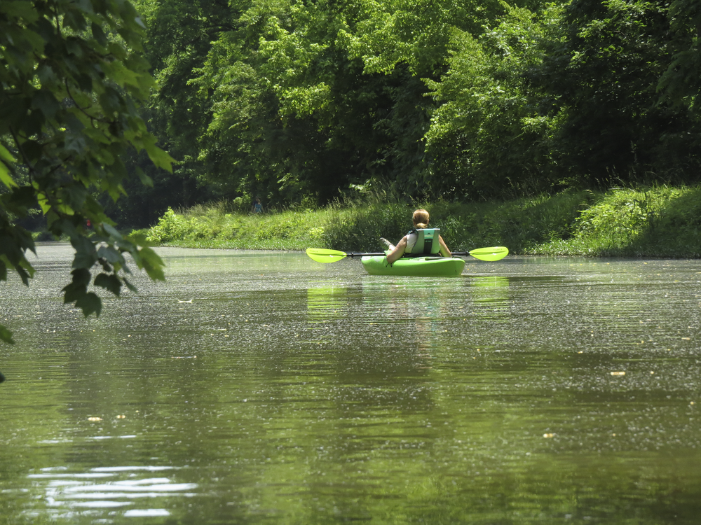kayaking-potomac-river-maryland-water-nature-outdoors-kayaking