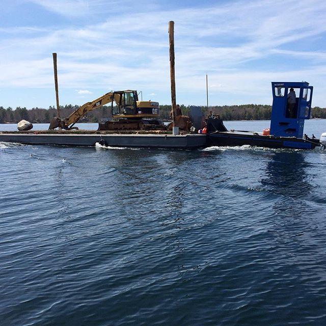 #barge #pushboat #outboards #lakewinnipesaukee #moultonborough