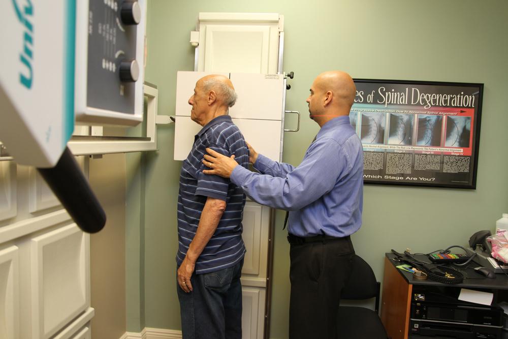 chiropractor_077.jpg