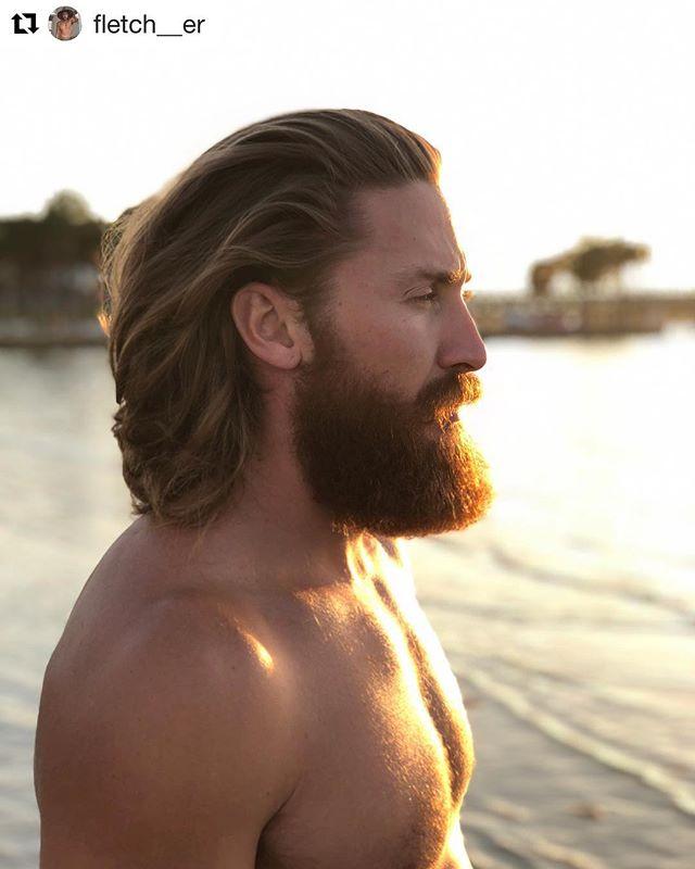 #Repost @fletch__er ・・・ Get your flow on with @whistlepunkco. 📷 @kade_hardley #livedirty #fitlife #beard #photography #beardseason #beardcrew #beardthefuckup #fitbeard #beardoil #longhair  #longhairdontcare #beardedking #fitness #youbeard #beardfashion #beardedvillians #picoftheday #fuckshaving #beachlife #beach