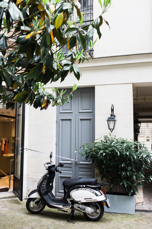 Coffee stop in Paris