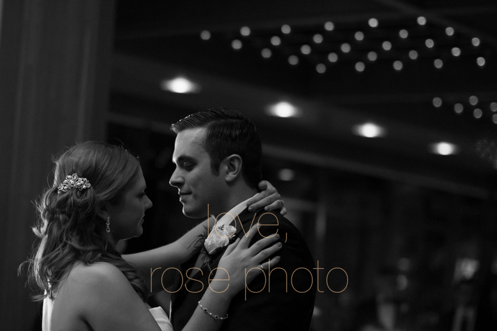 katie + even new years eve chicago oak brook mcdonalds lodge 2014 polish wedding balloon drop champagne-013.jpg