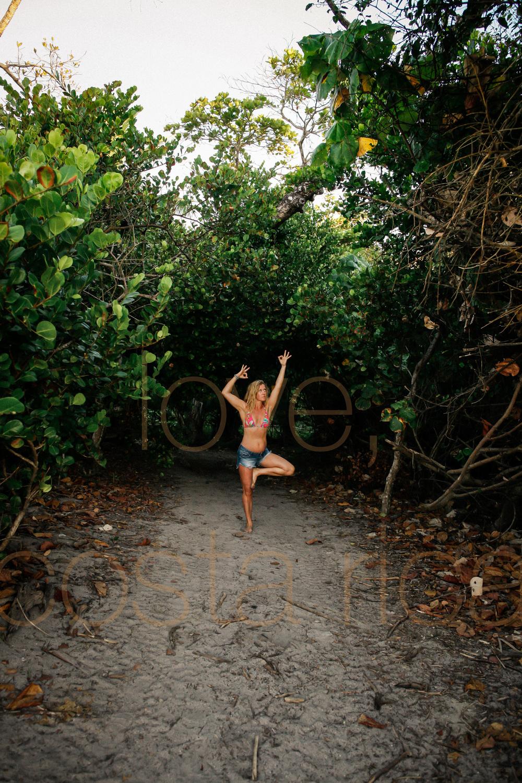 chicago photographer to costa rica yoga retreat lifestyle photography prime lens pranamar core power yogi beach yoga pose-002.jpg