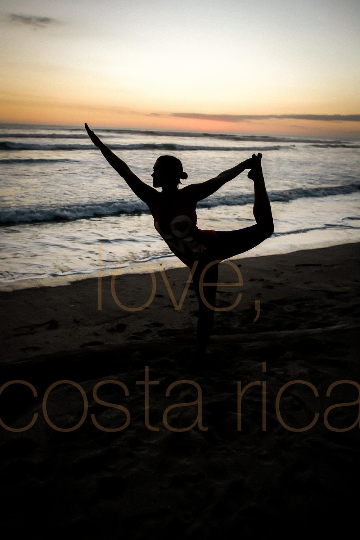 chicago photographer to costa rica yoga retreat lifestyle photography prime lens pranamar core power yogi beach yoga pose-014.jpg