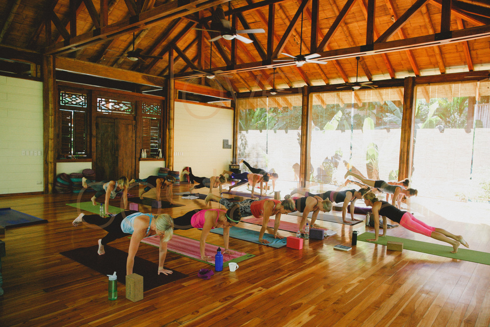 chicago photographer to costa rica yoga retreat lifestyle photography prime lens pranamar core power yogi beach yoga pose-015.jpg