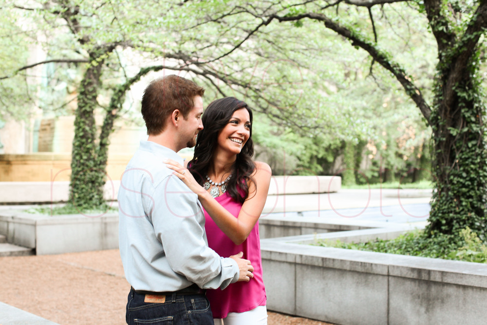 claudia + grant engagement shoot 7 lions chicago engagment shoot art institute south gardens museum campus wedding photographer-004.jpg