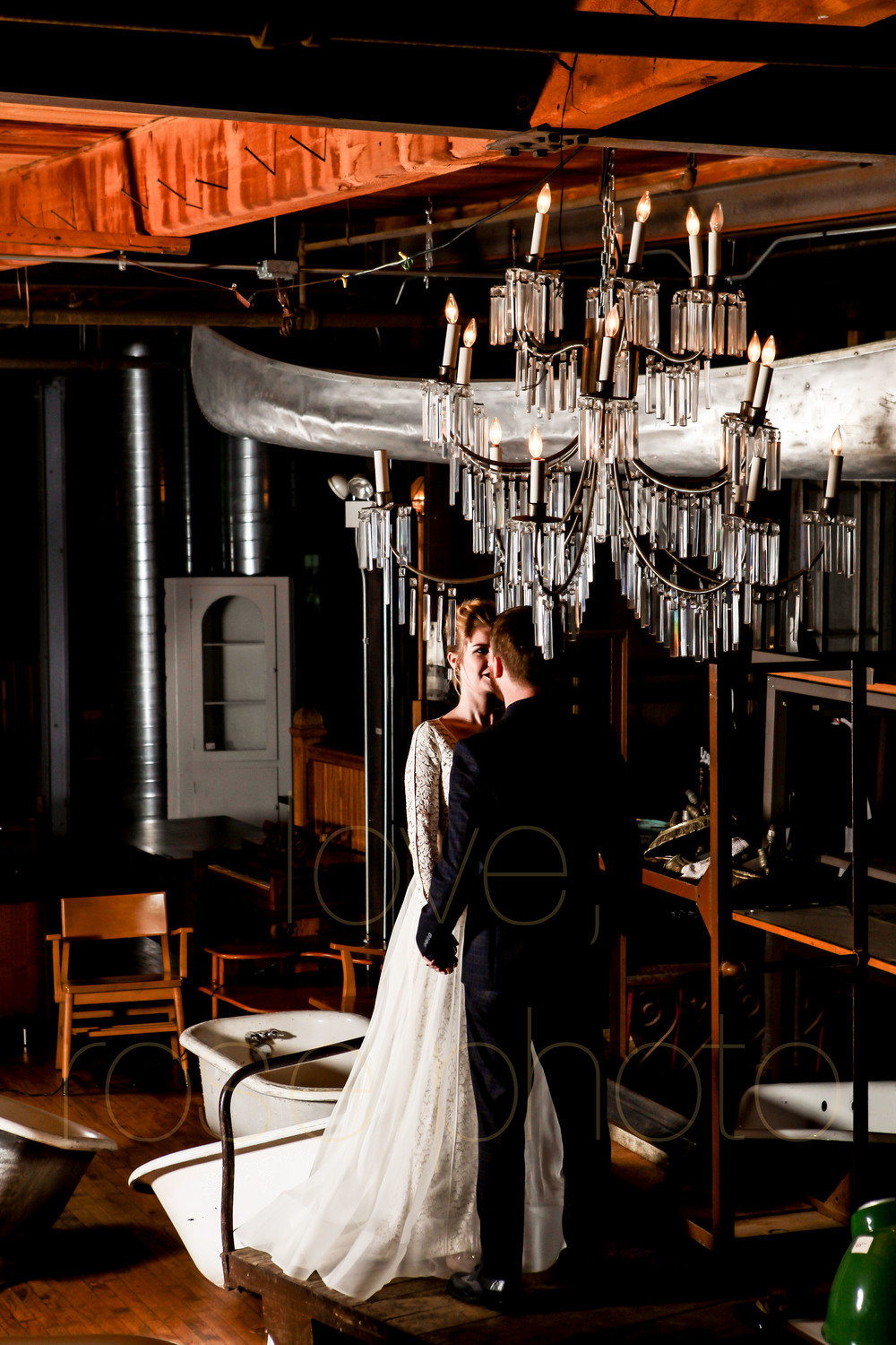 West Fulton Chicago Wedding Venue Salvage One photography enagement photos bride groom first dance-23.jpg