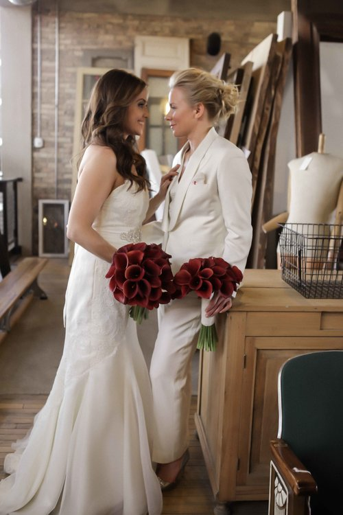 gay+wedding+lesbian+brides+Rose+Photo+downtown+Chicago+wedding+mag+mile+valentines+day+wedding++best+wedding+photography-12.jpg