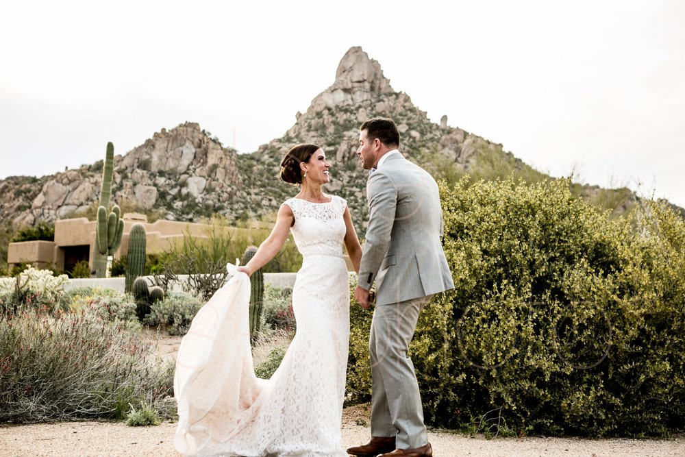 Scottsdale Sedona lifestyle best of destination wedding photographers-53.jpg