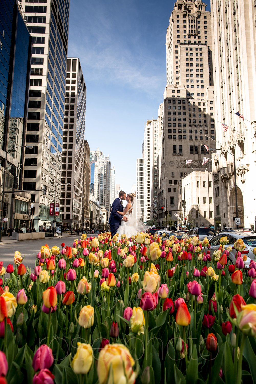 downtown spring wedding palmer house jewish galleria marchetii lazara gown by Rose Photo -20.jpg