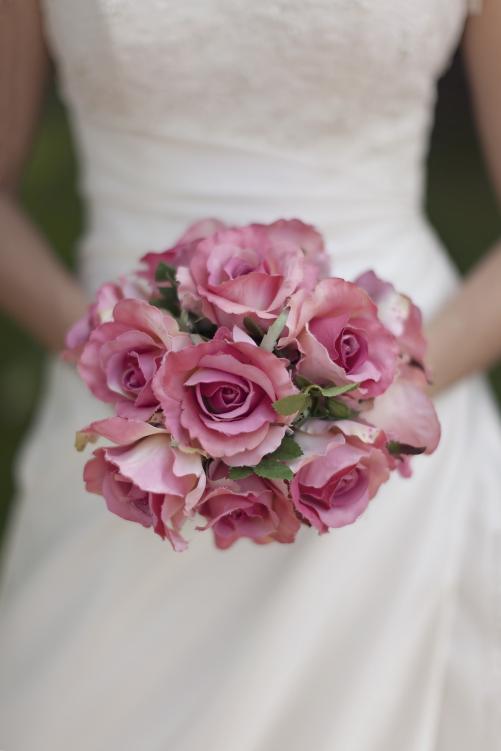 Alanna bouquet: wedding photographer in Bath and Wiltshire.