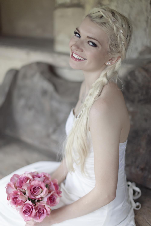 Bridal portraiture from Bath wedding photographer English Photoworks.