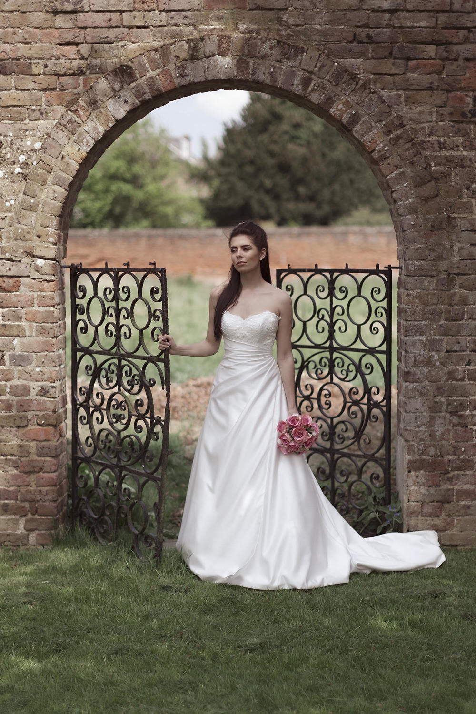 Best wedding photographer in Bath.