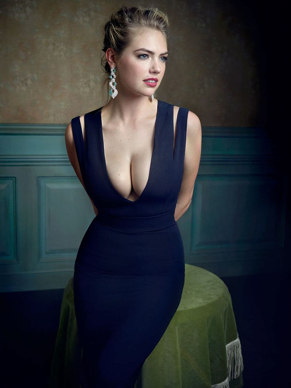kate-upton-by-mark-seliger-for-vanity-fair-oscar-party_1.jpg