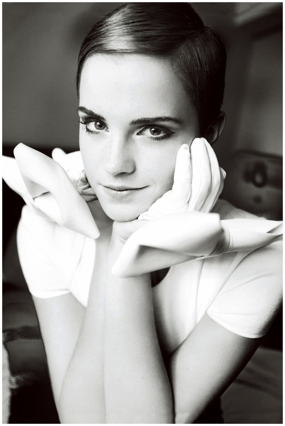 emma-watson-vogue-2010-photo-mario-testino.jpg