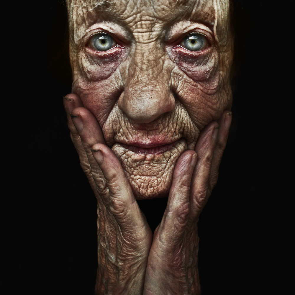 untitled-july-28-2011-by-lee-jeffries-1417573213_org.jpg