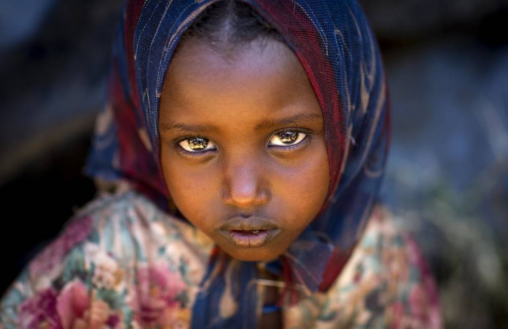 africa-ethiopia-yabelo-girl-boranes-child-man-planet-people-eric-lafforgue-photography.jpg