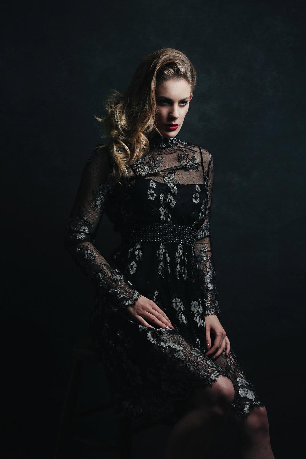Dark glamour Artemis Fauna