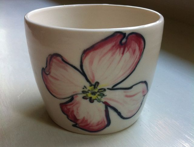 dogwood flower cup