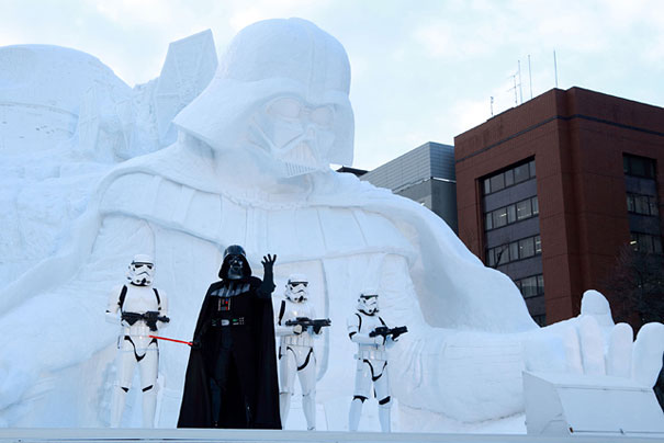 giant-star-wars-snow-sculpture-sapporo-festival-japan-17.jpg